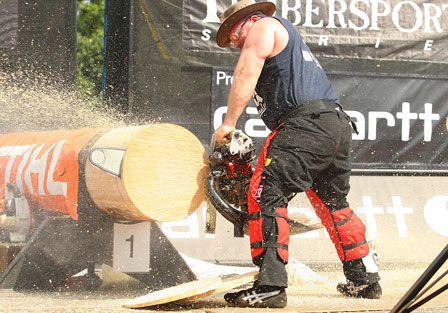 Working the hotsaw at the 2009 finals.