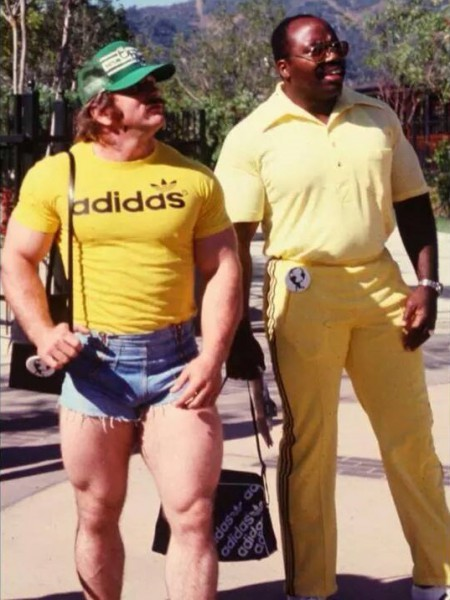 A sweet pic from the 1977 World's Strongest Man competition.